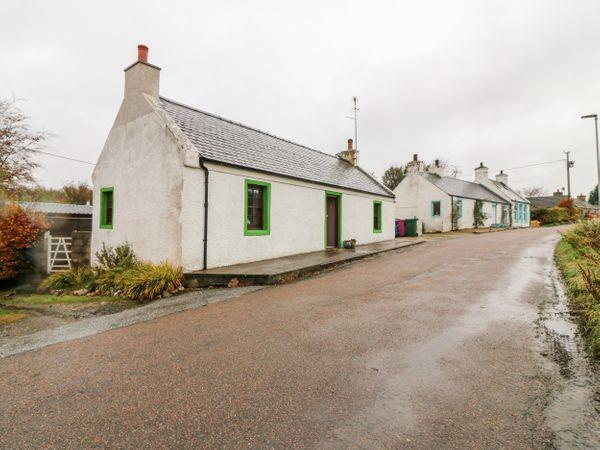 Kitsune Cottage in Banffshire