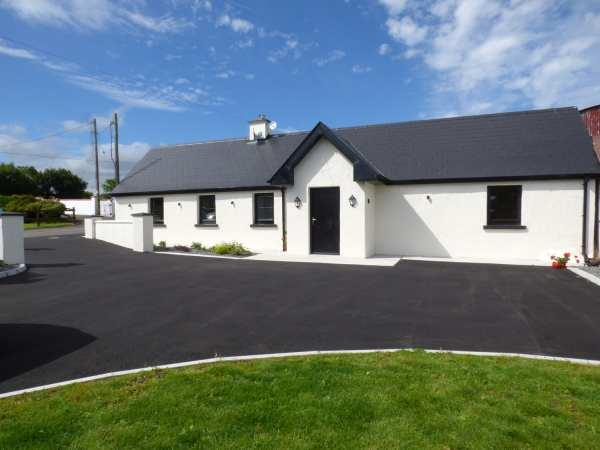 Laharn Cottage in Kerry
