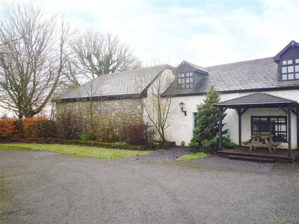 Lake Lodge Cottages - The Lodge in Westmeath