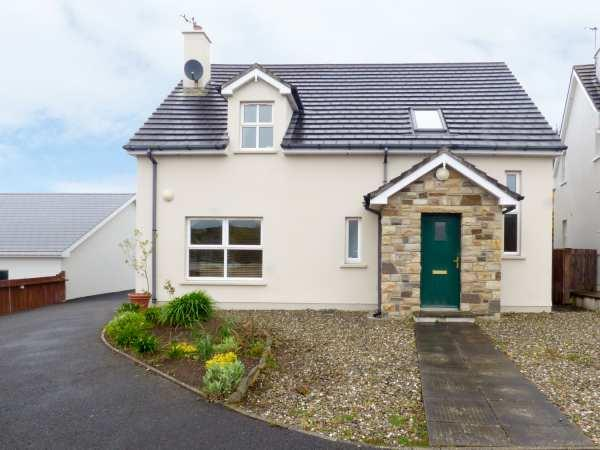 Lakehouse Hotel Cottage 10 in Narin, County Donegal