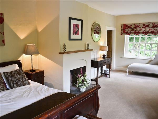 Leeds Castle Holiday Cottages - Keepers House in Kent