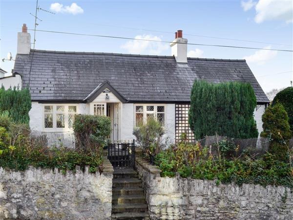Lilac Cottage in Clwyd