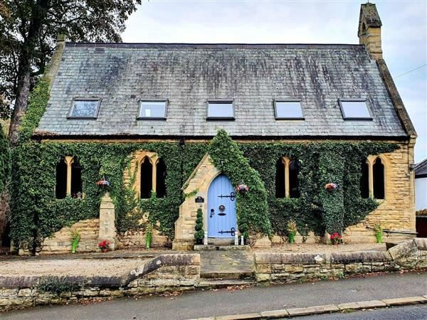 Linton Church, Harrogate, West Yorkshire with hot tub