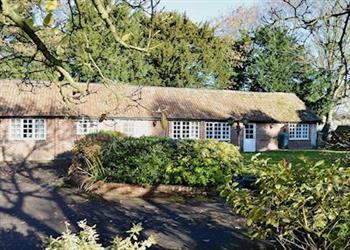 Little Court Cottages - Leonards Cottage in Gloucestershire