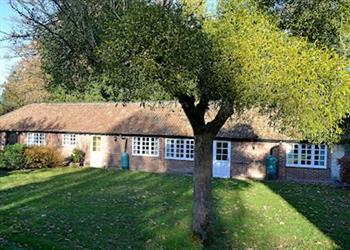 Little Court Cottages - Upton Cottage in Gloucestershire