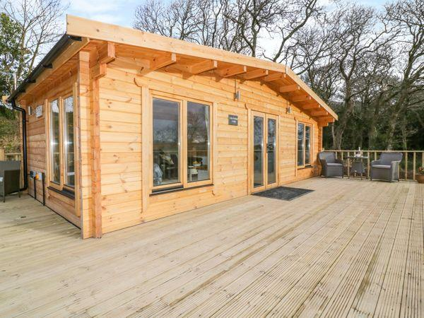 Little Orchard Lodge in Cornwall