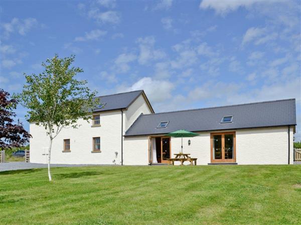 Llanlliwe Cottage in Dyfed