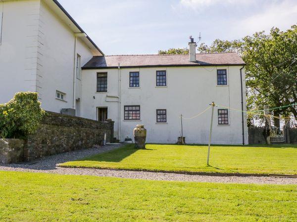 Llwydiarth Cottage in Gwynedd