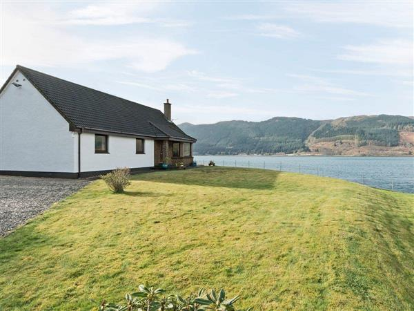 Loch Duich Cottage in Ross-Shire