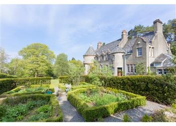 Loch Lomond Manor in Dumbartonshire