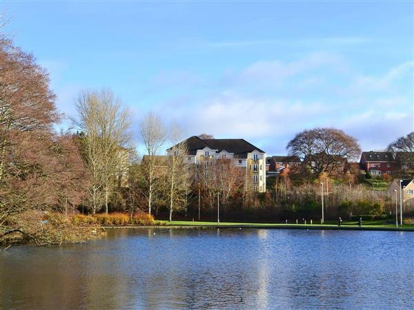 Lochside Apartment in Selkirkshire