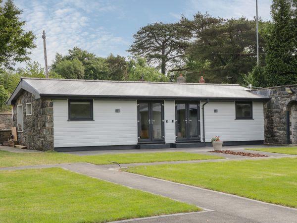 Lodge 10 in Gwynedd