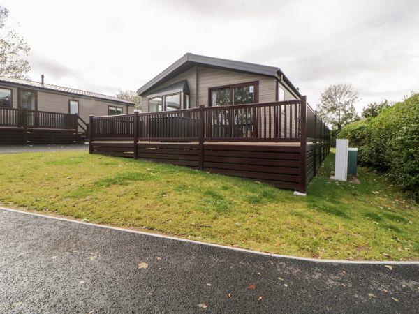 Lodge 75 at Riviera Bay in Brixham, Devon