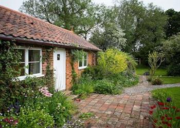 Marietta Cottage Apartment in Norfolk