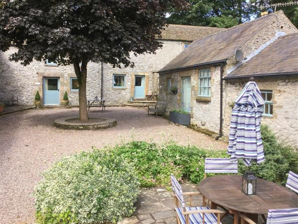 Love Nest - Haddon Grove Farm Cottages in Derbyshire