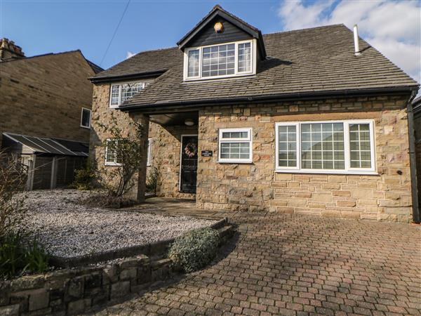 Lower Lane House in Chinley, Derbyshire