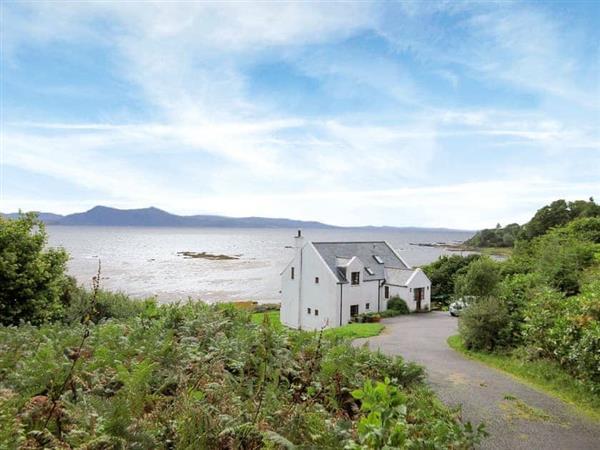 Macinnisfree Cottage in Isle of Skye