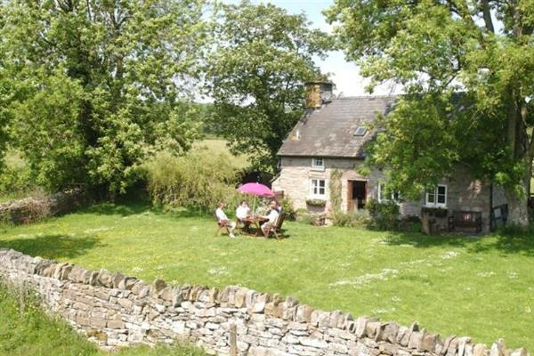 Maes-y-berllan Cottage in Powys