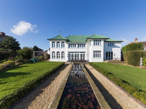 Marine Villa the Art Deco House in Isle of Wight