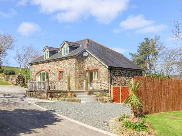 Meadow Drift Cottage in Two Waters Foot near Lostwithiel, Cornwall
