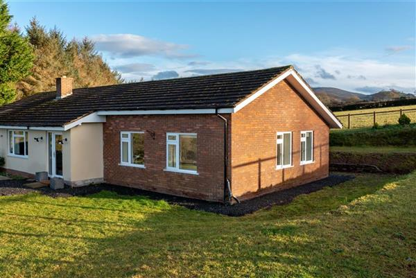 Meadow Lodge in Talgarth, Powys