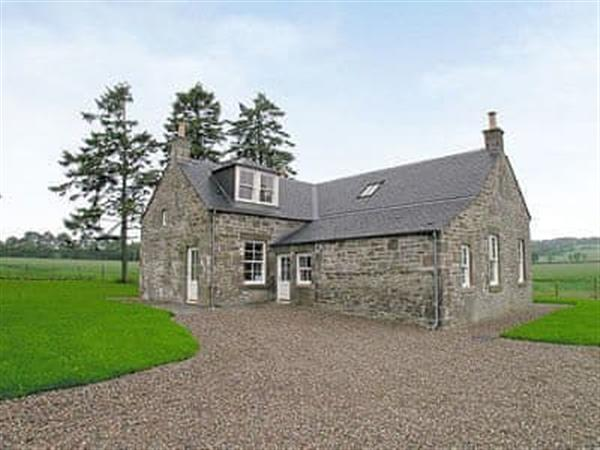Meadowgreen Farmhouse in Angus