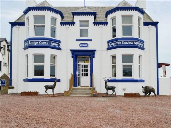Melvin Lodge Apartments - Dorn Rock View, Portpatrick, Wigtownshire