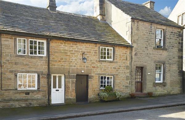 Memorial Cottage in Derbyshire