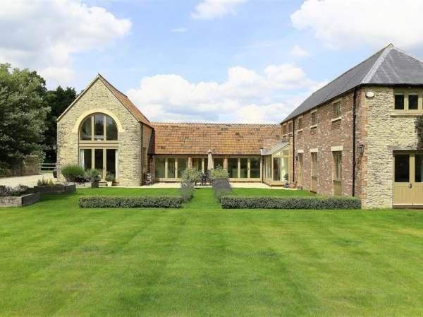 Mere Coach House in Gloucestershire
