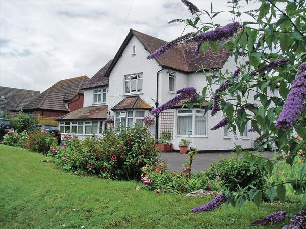 Merlin House Holiday Apartments - Lancelot in Somerset