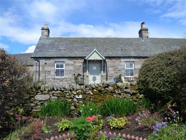 Mid Balchandy - West Tomnafeanag Cottage in Pitlochry, Perthshire