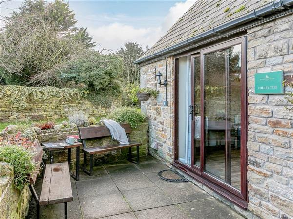 Mill Farm Cottages - Cherry Tree Cottage in South Yorkshire