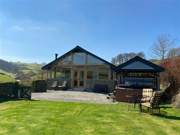 Mill Farm Holiday Cottages - Red Kite Cottage in Powys