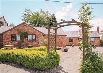 Millmoor Farm - Dairymans Cottage in Cheshire