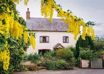 Millmoor Farm - Farmhouse Wing in Cheshire