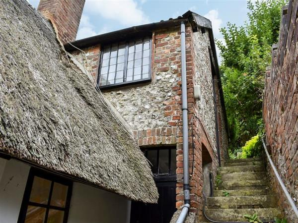 Milton Abbas Cottages - The Hayloft in Dorset