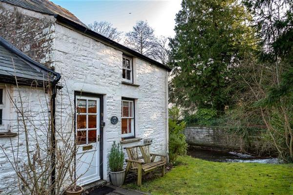 Molly's Cottage in Talybont-on-Usk, Powys