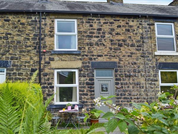 Moorside Cottage in Derbyshire