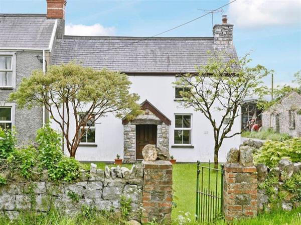 Murton Farm Cottage in West Glamorgan