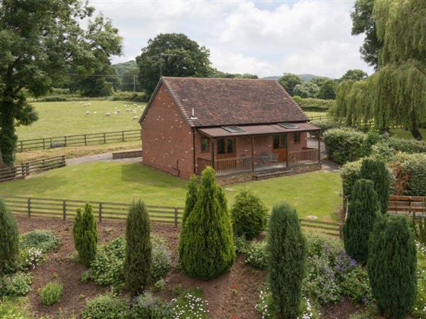 Netherley Hall Cottages - Parkers Lodge in Worcestershire