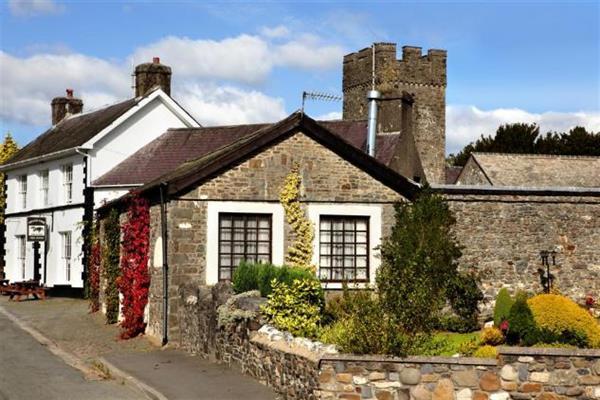 Neuadd Cottage in Dyfed