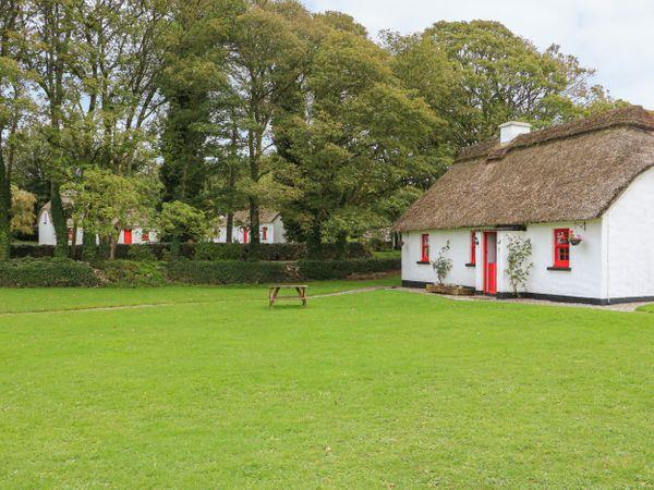 No. 7 Tipperary Thatched Cottages in North Tipperary
