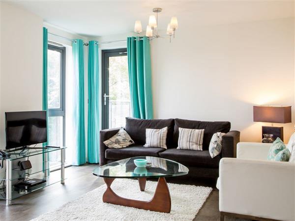 Oakdale Apartments- Cardinal Place Apartment, Woking, Surrey