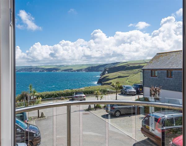 Ocean Breeze in Cornwall