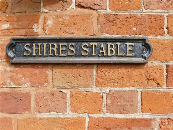 Offley Grove Farm - Shires Stable in Staffordshire