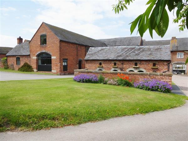 Offley Grove Farm - The Old Brew House in Staffordshire