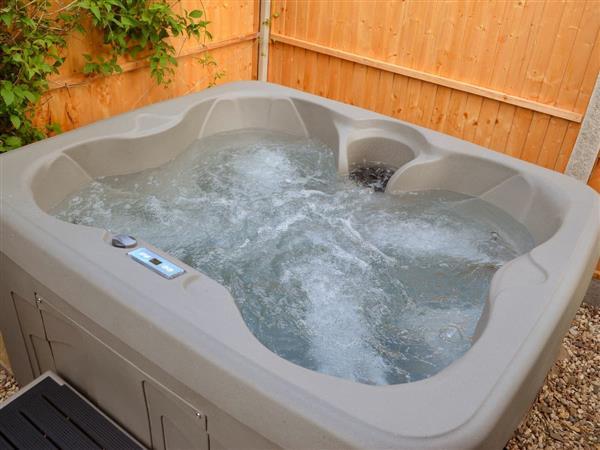 Old Castle Farm - Castle Clover, Shropshire