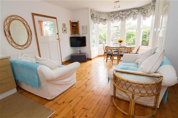 Orange House Apartment in Norfolk