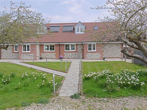 Orchard Cottage Holidays - Pippin Cottage in West Sussex