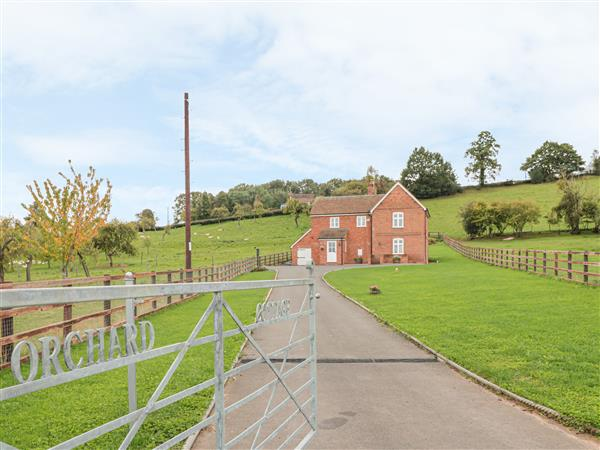 Orchard Cottage in Worcestershire